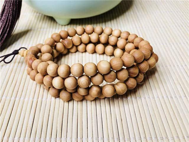 bracelet bouddhiste 108 perles