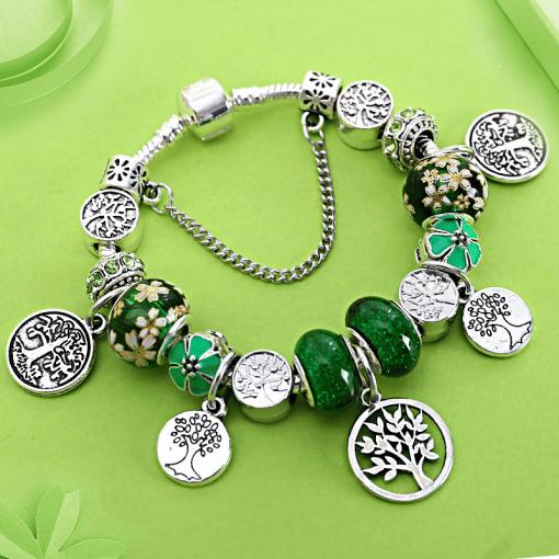 Bracelet Avec Charmes