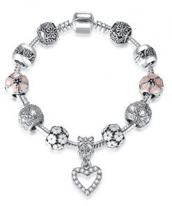 Bracelet Avec Des Charmes