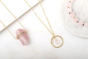 collier quartz rose